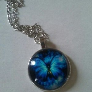 Jewelry - Blue butterfly necklace
